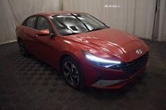 New 2021 Hyundai Elantra Limited Sedan in Bedford, OH