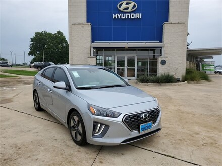2021 Hyundai Ioniq Hybrid Limited Hatchback KMHC05LC7MU261300 for sale in Brenham, TX