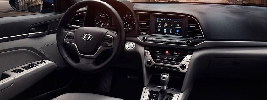 Hyundai Elantra Interio