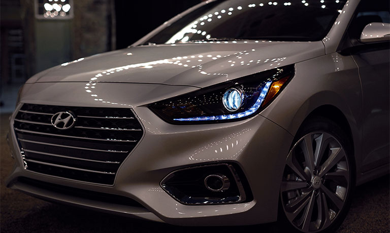New 2019 Hyundai Accent front view