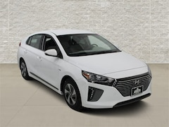 New 2019 Hyundai Ioniq Hybrid SEL Hatchback in Jeffernson City, MO