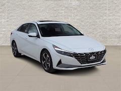 New 2021 Hyundai Elantra SEL Sedan in Jeffernson City, MO