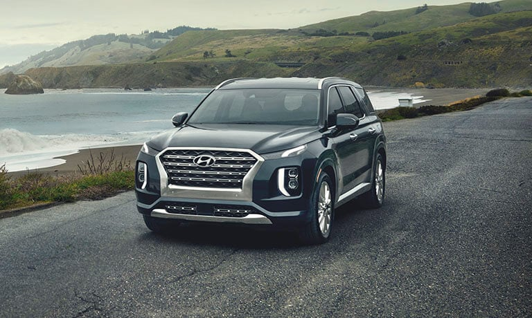 2021 Hyundai Palisade Exterior Driving by the Ocean