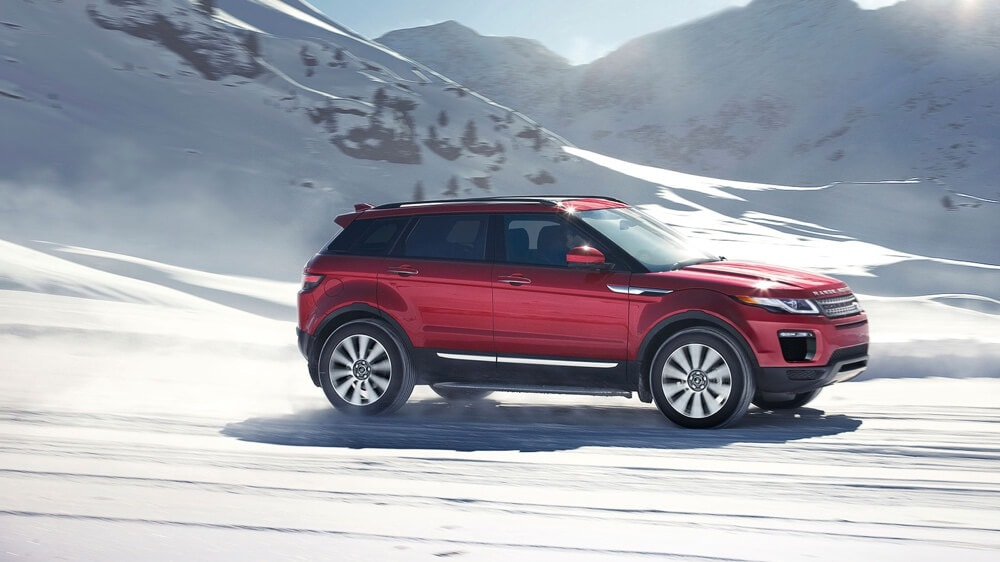 2018 Land Rover Range Rover Evoque on snow