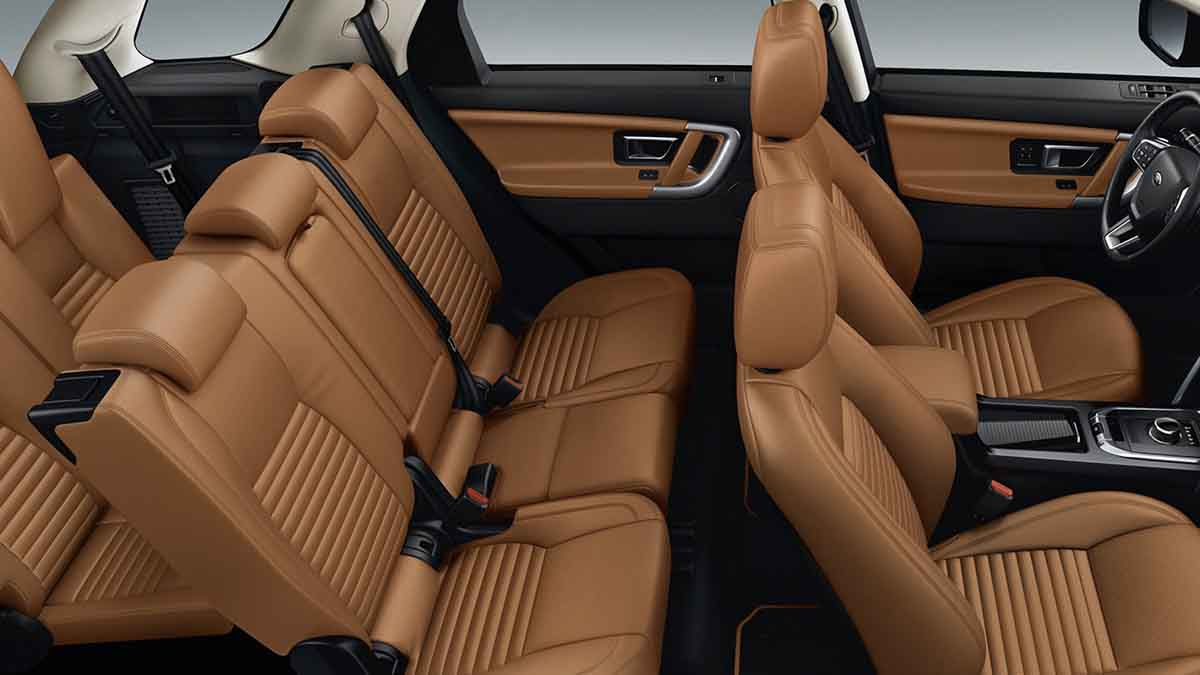 2018 Land Rover Discovery Sport interior seating.jpg