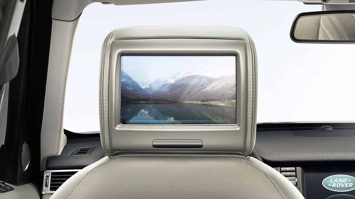 2018 Land Rover Discovery Sport rear entertainment system.jpg