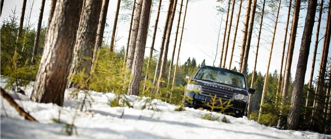 Land Rover Range Rover off-road