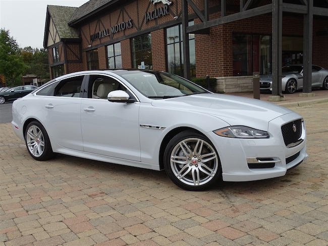 New 2019 Jaguar Xj Near Chicago