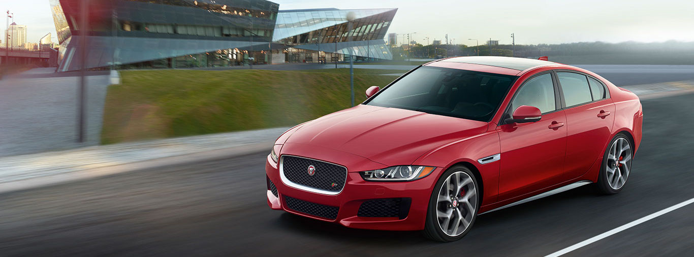 2018 Jaguar XE Trim Comparison in Lake Bluff, IL
