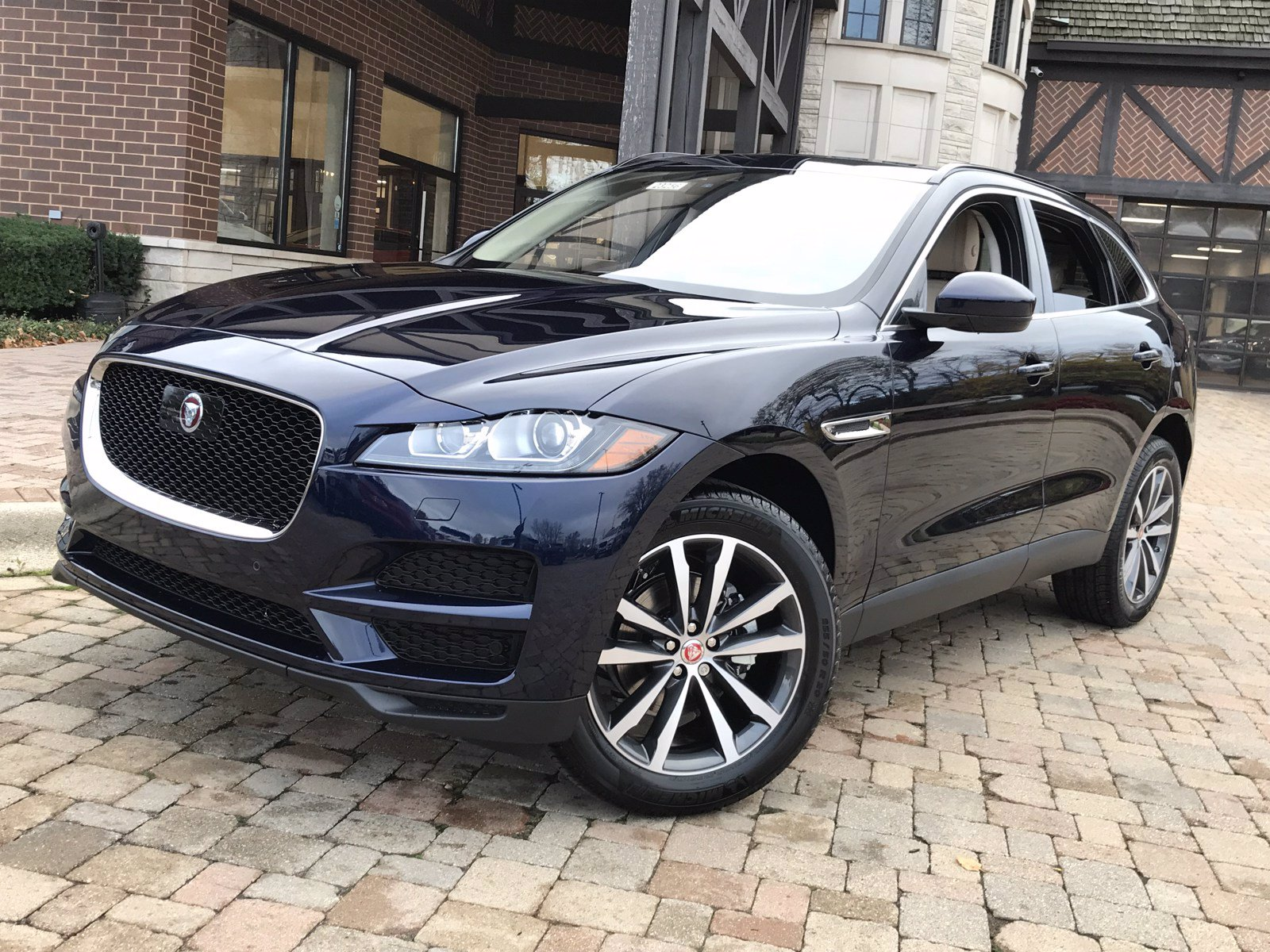 New 2020 Jaguar F Pace Prestige In Portofino Blue For Sale Near Chicago Il