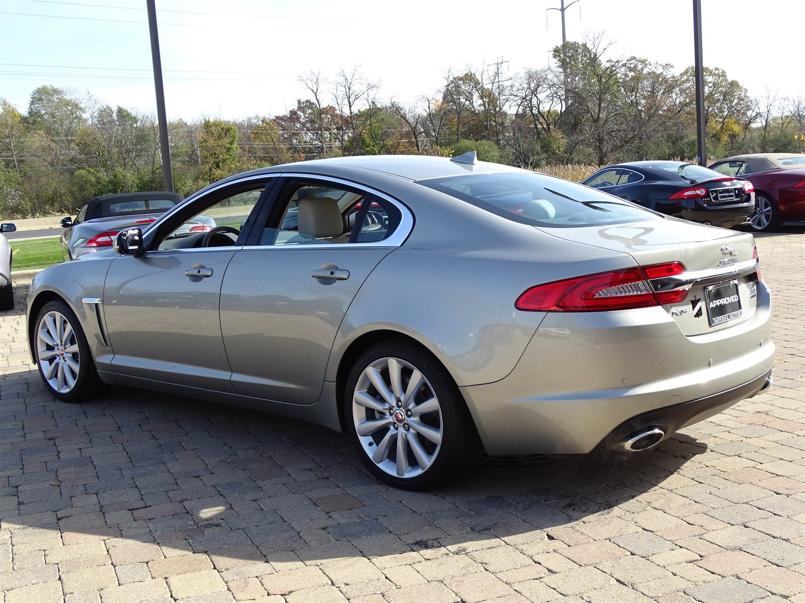 ... 2014 Jaguar XF 3.0 AWD Sedan ...