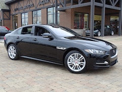 New 2018 Jaguar XE 20d R-Sport Sedan SAJAL4FN2JCP28538 for sale in Lake Bluff, IL