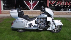 2018 Indian Motorcycle Roadmaster  ABS Pearl White Ov