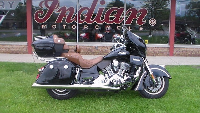 2015 Indian Motorcycle Roadmaster  Thunder Black