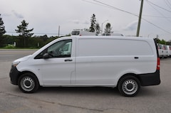 2018 Mercedes-Benz Metris Cargo Van Divider/Rearview Camera Commercial
