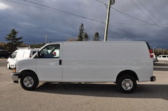 2018 Chevrolet Express 2500 Extended Only 8000kMS Commercial