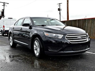 2018 Ford Taurus SE Front-wheel Drive Sedan