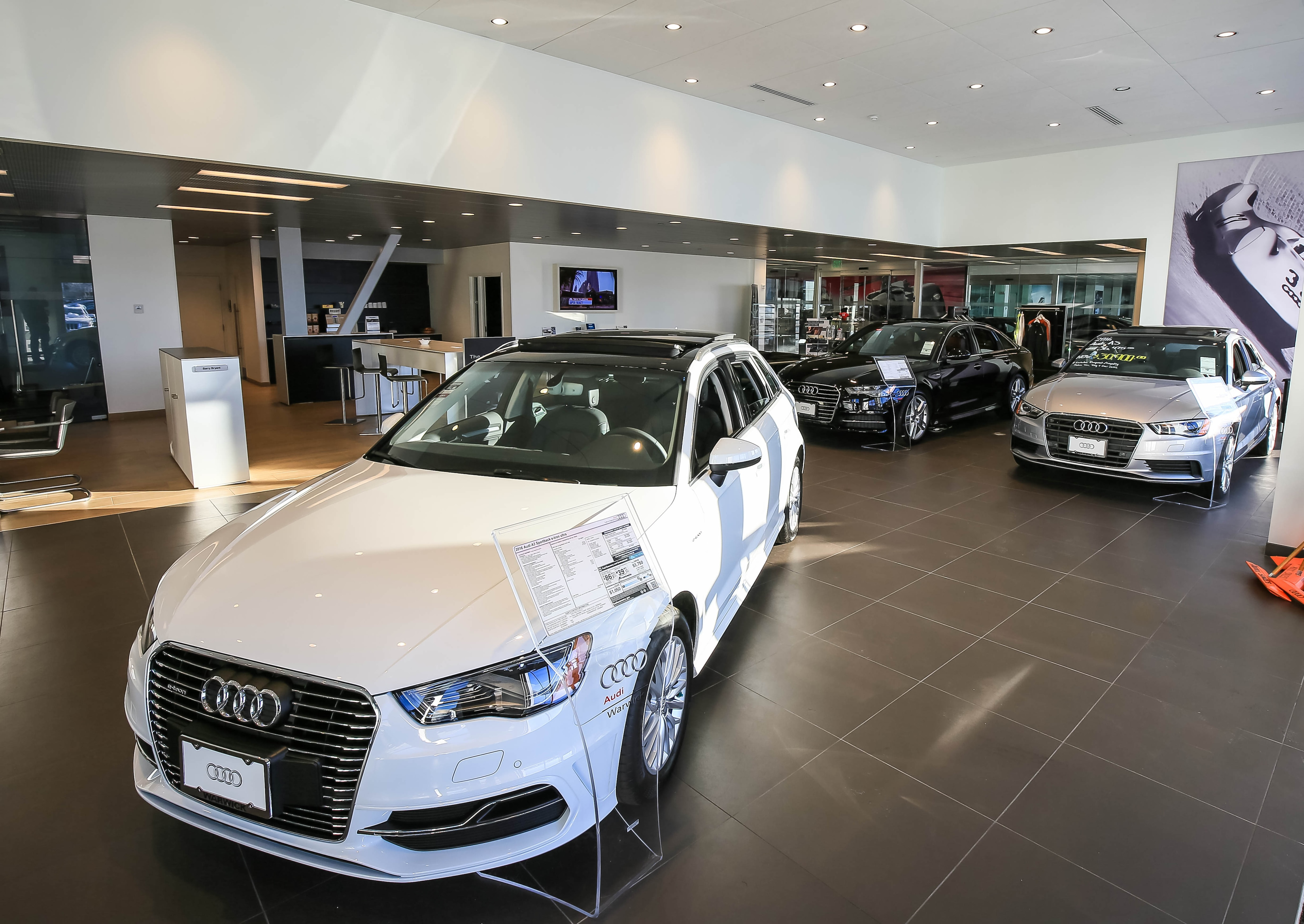 Cars For Sale In Ri: New 2019 & Used Luxury Cars & SUVs For Sale