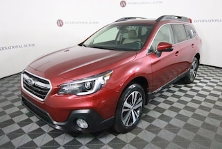 New 2019 Subaru Outback 2.5i Limited SUV K3215803 for sale in the Chicago area