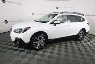 New 2019 Subaru Outback 2.5i Limited SUV for sale in the Chicago area