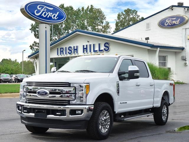 2017 Ford F-350 6A Truck Crew Cab
