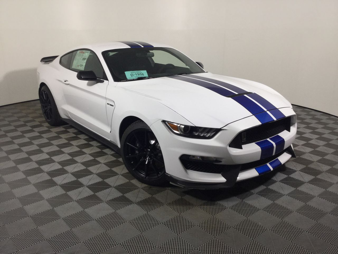 2019 ford shelby gt350 for sale in huron sd iverson auto group. Black Bedroom Furniture Sets. Home Design Ideas