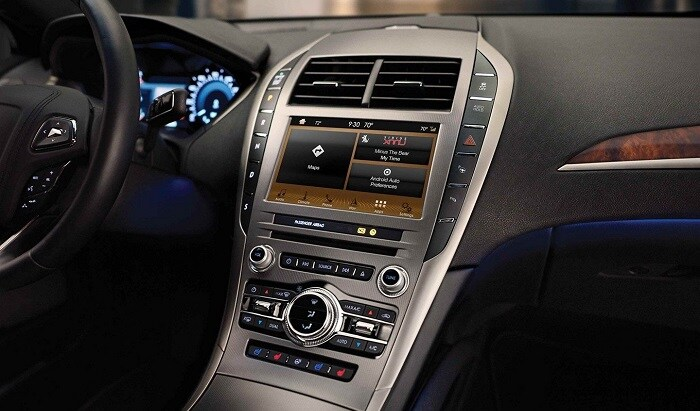2019 Lincoln MKZ technology features