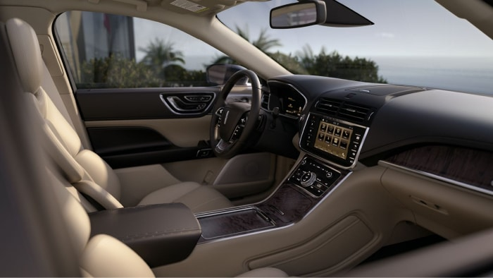 The spacious interior of the 2019 Lincoln Continental