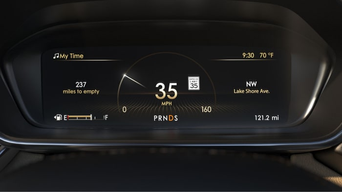 Configurable digital instrument cluster inside the 2019 Lincoln Continental