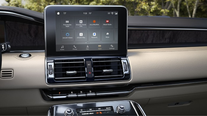 SYNC AppLink system available inside the 2019 Lincoln Navigator