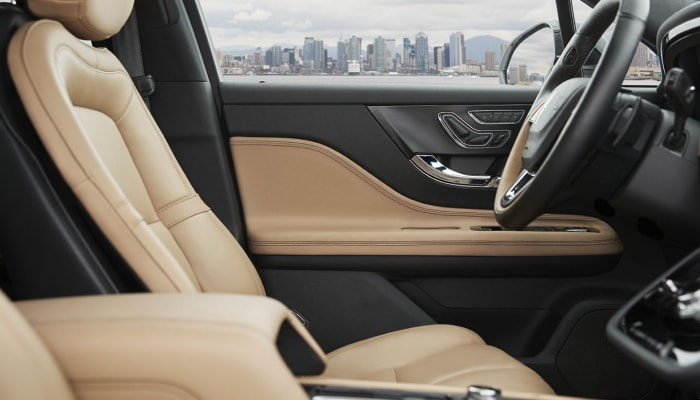 The luxurious interior of the 2020 Lincoln Corsair