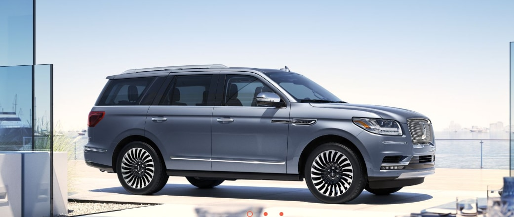 The 2019 Lincoln Black Label Navigator Review near Dearborn, MI