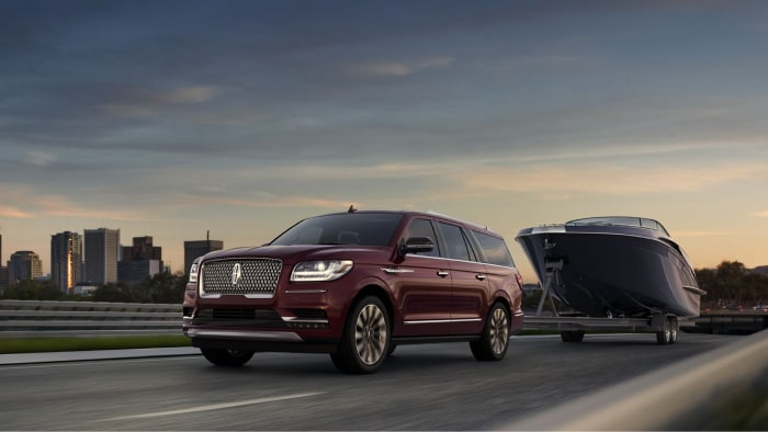 The 2019 Lincoln Navigator can tow any payload