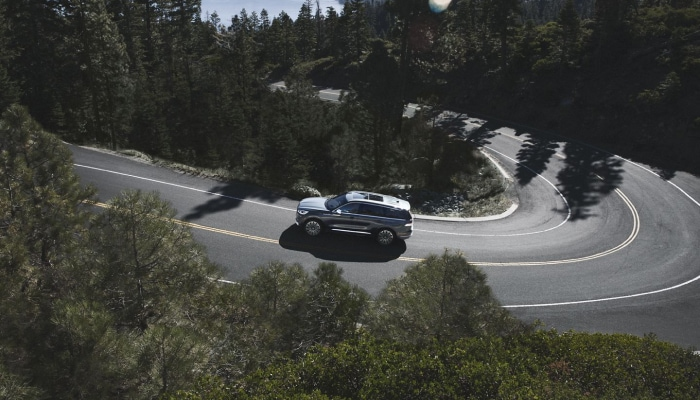 The 2020 Lincoln Aviator strikes the perfect balance between power and efficiency