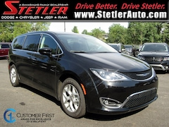 New 2019 Chrysler Pacifica TOURING PLUS Passenger Van 724162 for sale in York, PA