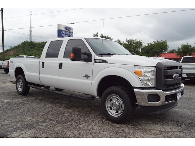 2015 Ford F-350 Super Duty XL 4x4 XL  Crew Cab 8 ft. LB SRW Pickup
