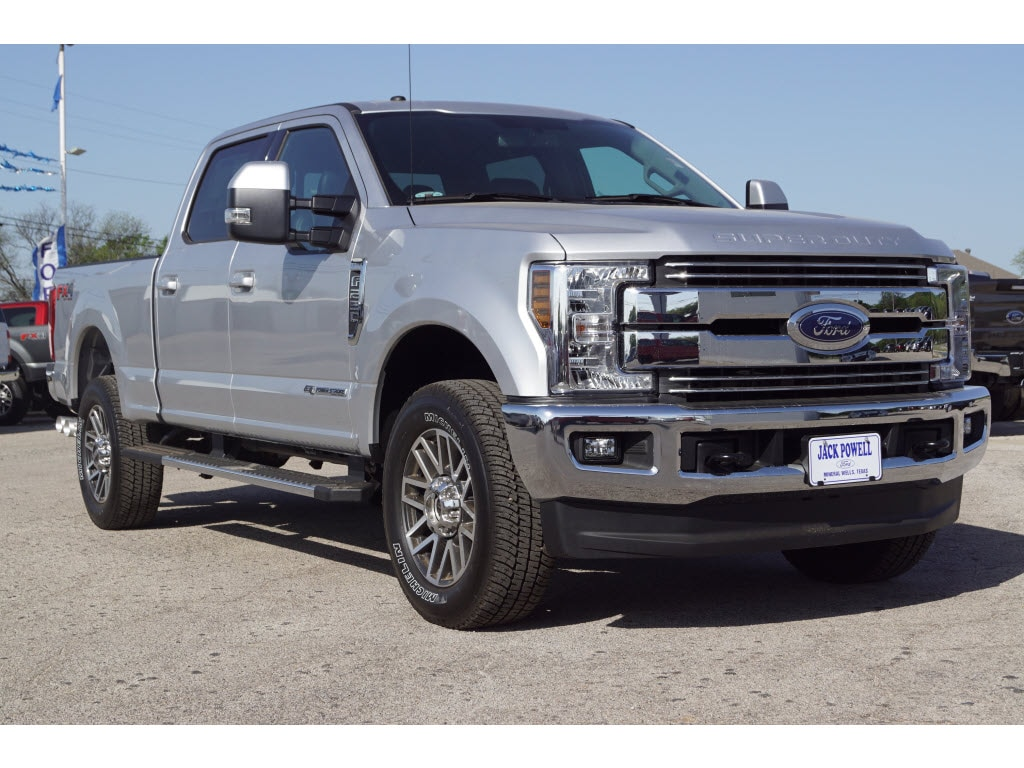 2018 Ford F-250 Super Duty XL 4x4 Lariat  Crew Cab 6.8 ft. SB Pickup