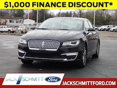 Certified Pre-Owned 2017 Lincoln MKZ Select SEDAN for sale in Collinsville, IL