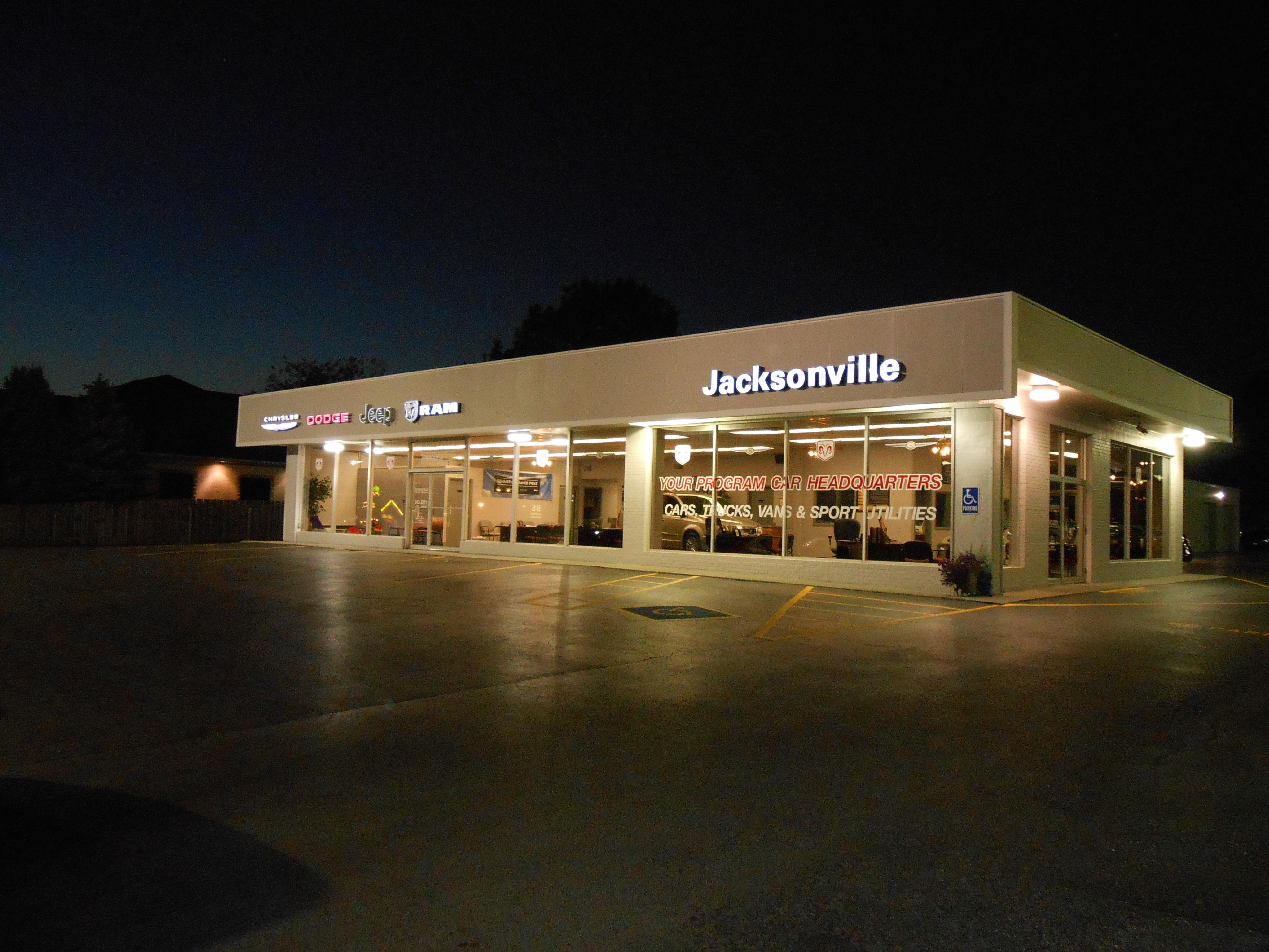 Jacksonville Chrysler Jeep Dodge >> New Chrysler Dodge Jeep Ram Dealership In Jacksonville Il 62650