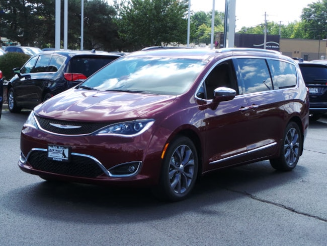 New 2019 Chrysler Pacifica LIMITED Passenger Van Belvidere
