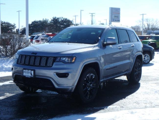New 2019 Jeep Grand Cherokee ALTITUDE 4X4 Sport Utility Belvidere