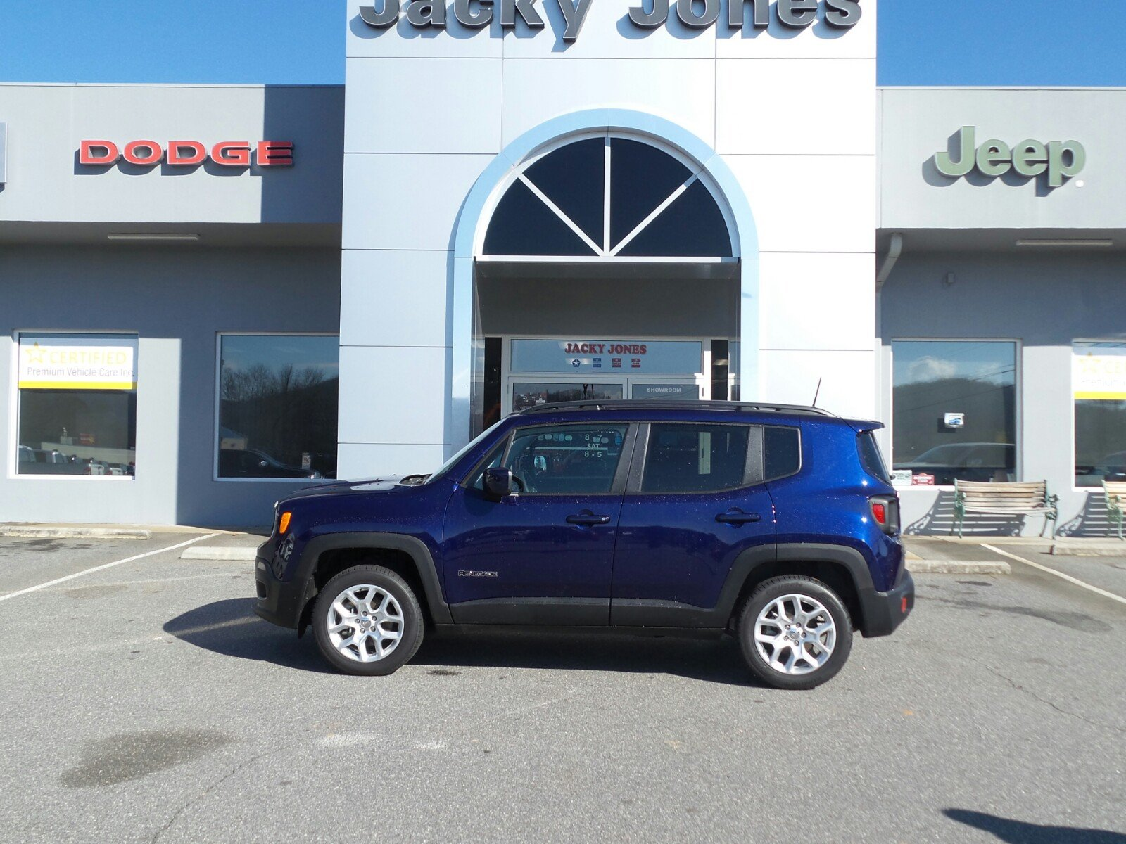 2018 Jeep Renegade Latitude 4x4 SUV