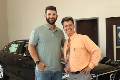 Photos from Mitch Moreland's Appearance at the Jaffarian Customer Appreciation Event