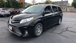 New 2019 Toyota Sienna XLE Van Lawrence, Massachusetts