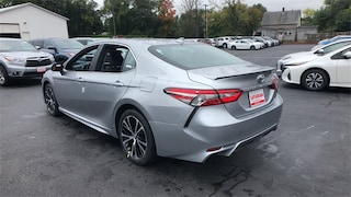 New 2019 Toyota Camry SE Sedan Lawrence, Massachusetts