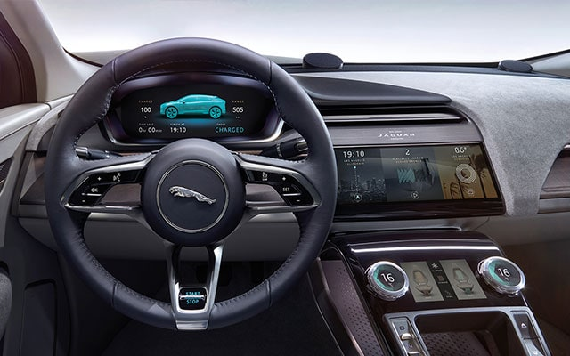 Steering wheel and interior design of the Jaguar I-Pace