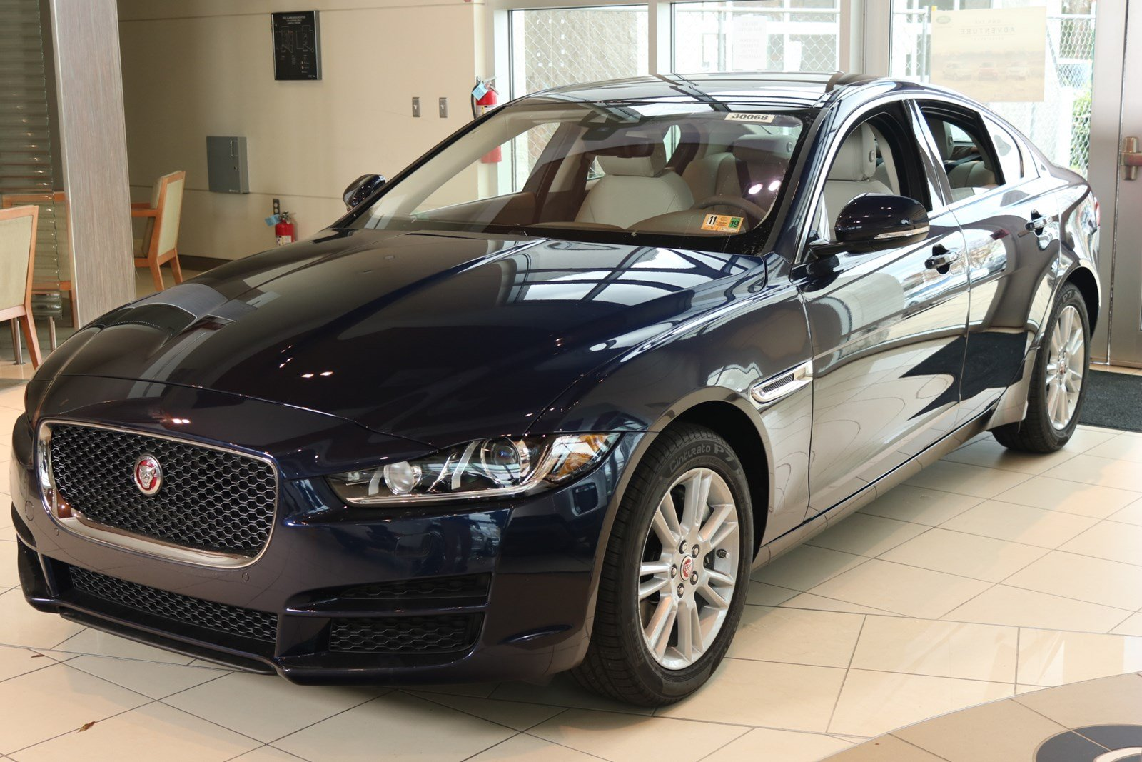 2019 Jaguar XE Premium Sedan
