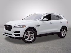 New 2020 Jaguar F-PACE 25t Premium SUV SADCJ2FX0LA629299 for Sale in Cherry Hill