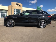 New 2019 Jaguar F-PACE 25t Prestige SUV SADCK2FX0KA399419 for Sale in El Paso, TX