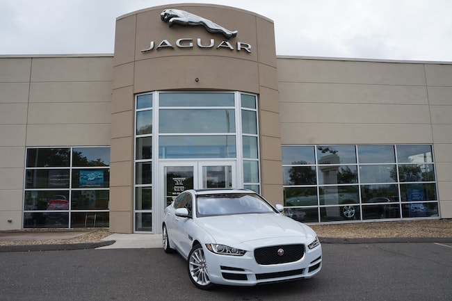 2018 Jaguar XE 35t Portfolio Limited Edition AWD *Ltd Avail*